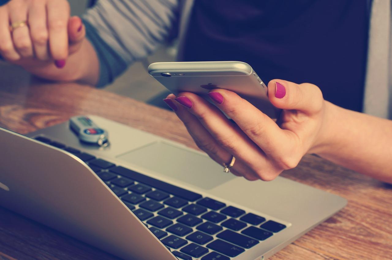 księgowość on-line czy stacjonarne biuro rachunkowe